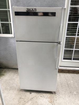 Refrigerator good condition for Sale in Santa Fe Springs, CA
