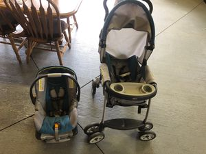 CAR SEAT WITH STROLLER TEXT ASAP for Sale in Joliet, IL