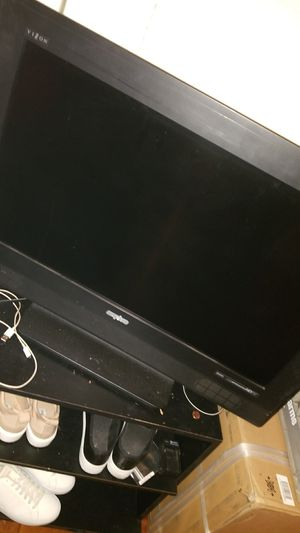 32inch lcd tv works good. for Sale in Scottsdale, AZ