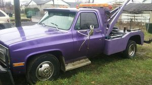 83 chevy tow truck for Sale in Columbus, OH