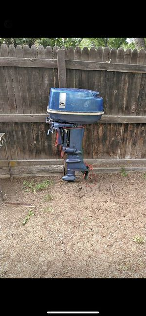33 HP Johnson outboard motor for Sale in Denver, CO