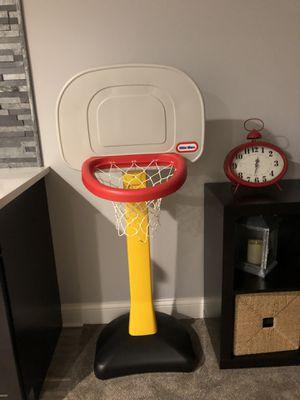 Little tykes Basketball hoop for Sale in Romeoville, IL