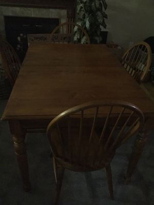 Wood dinning table with chairs for Sale in Las Vegas, NV