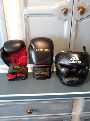 Century training boxing gloves for Sale in Borden, IN