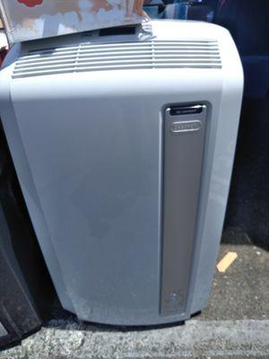 DeLonghi 14,000 air conditioner with wifi new model 2017 for Sale in Modesto, CA
