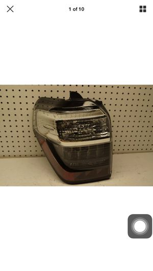 2014 2015 2016 2017 Toyota 4Runner Left Side Tail Light OEM for Sale in Compton, CA