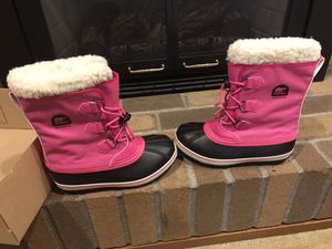 """Youth """"big girls' sorel snow boots brand new size 6 for Sale in Vancouver, WA"""