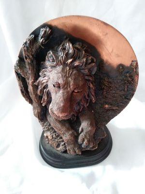 Ceramic Loin Scene for Sale in Detroit, MI