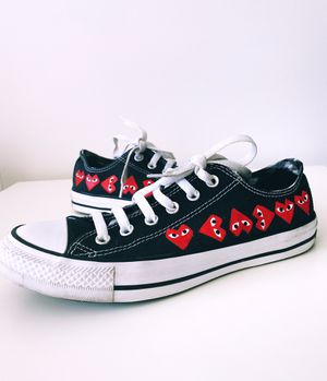 CDG converse custom painted for Sale in Haymarket, VA
