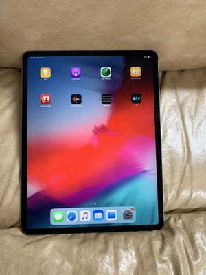 iPad Pro 3rd generation 12.9 256 gb wifi Lte with Apple care Plus for Sale in Smoke Rise, GA
