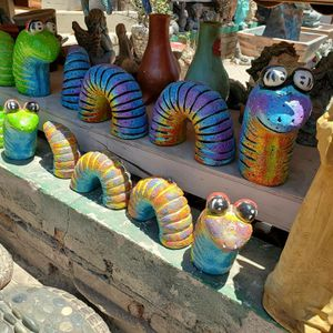 For sale worms and decorations for Sale in Garden Grove, CA