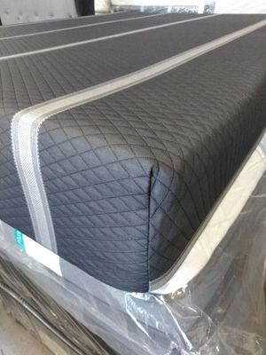 QUEEN MATTRESS HYBRID INDIVIDUAL POCKETED COILS WITH MEMORY FOAM, COLCHON TAMAÑO QUEEN, for Sale in Phoenix, AZ