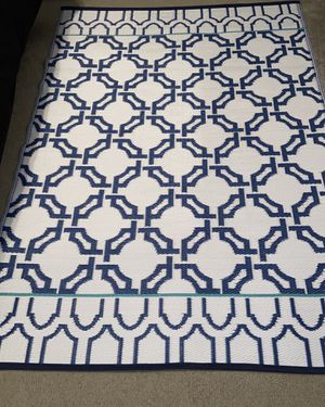 Brand New 2-sided outdoor rug for Sale in Davenport, FL