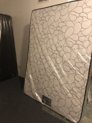 Mattress for Sale in Chicago, IL