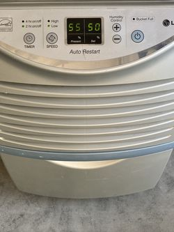 Dehumidifier LG MODEL LHD45EL 45 PINT for Sale in Riverview,  FL