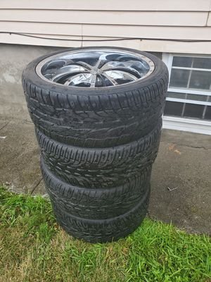 22'rims 5 lugs for Sale in East Providence, RI