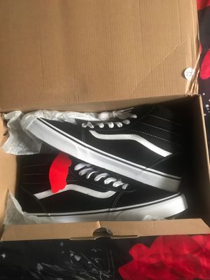 Size 13 Black/White Vans for Sale in Pascagoula, MS