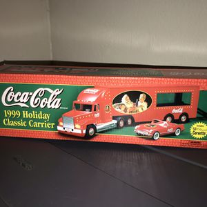Coca Cola 1999 holiday classic carrier for Sale in Largo, FL