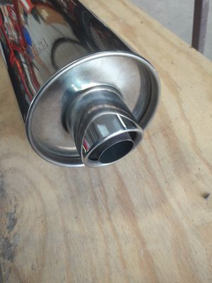 Suzuki motorcycle exhaust 19E2A for Sale in San Marcos, TX