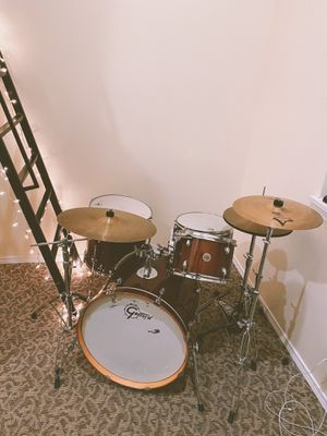 Gretsch Catalina Maple drum set w/ hardware & cymbals for Sale in Seattle, WA