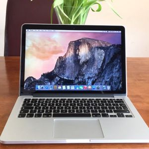"""1# 2015 Apple 13"""" Macbook Pro Retina / 2.7 Ghz Intel i5 / 8GB / 🔥 1 TB Flash SSD / Intel Iris 6100 1.5GB Graphics / Battery Cycle: 466 /// PHOTOSHOP for Sale in Rolling Meadows, IL"""