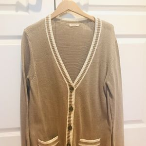 DEMYLEE NEW YORK CARDIGAN for Sale in Woodcliff Lake, NJ