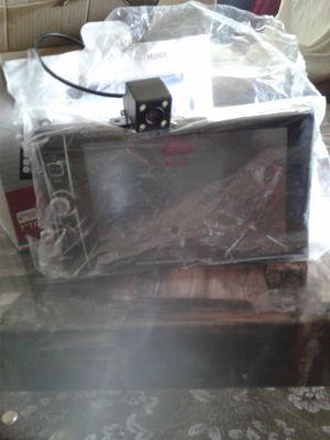 Dvd nunca usado y pantalla de techo for Sale in Hyattsville, MD