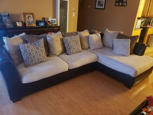 Sectional couch, Preowned, price negotiable! for Sale in Fremont, CA