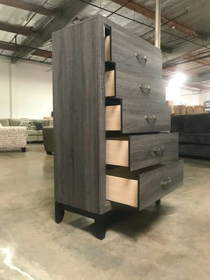 5-Drawer Chest, Distressed Grey for Sale in Santa Ana, CA