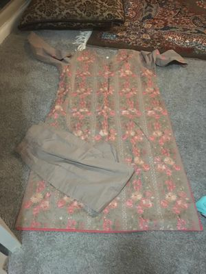Light beautiful designed dress almost 3 pieces. for Sale in Silver Spring, MD