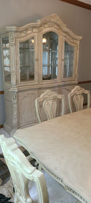 Ashley dining room set including 8 chairs and buffet for Sale in Strongsville, OH