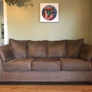 Beautiful Brown Sofa (FREE DELIVERY) for Sale in Portland, OR