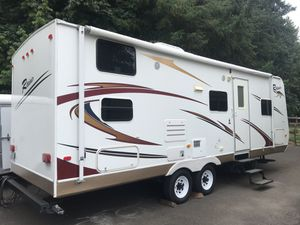 2009 Rainier Travel Trailer 26B Dutchman Camper for Sale in Brush Prairie, WA