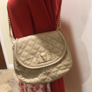 Wheat Color Designer Marc Jacobs Messenger Bag With Shoulder Strap for Sale in Whittier, CA