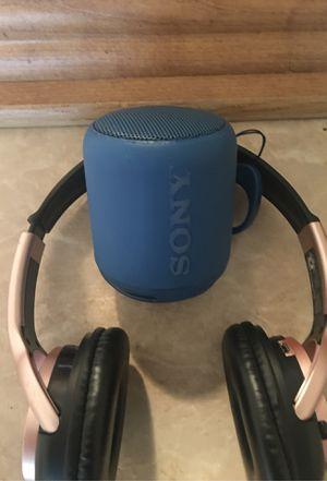 Sony Bluetooth speaker/ wireless headphones for Sale in Houston, TX