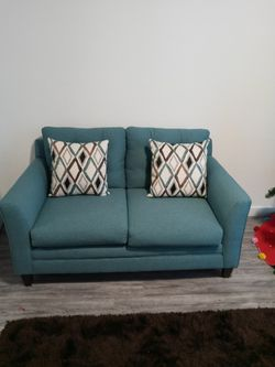 TEAL BLUE LOVE SEAT AND COUCH With Pillows for Sale in Miami,  FL