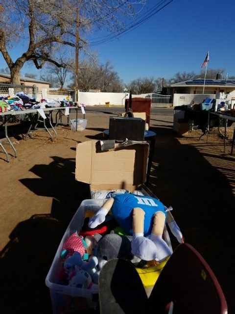 Yard sale on Gun Club between isleta and coors!