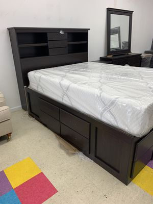 QUEEN SIZE CHEST BEDROOM SET PICK UP TODAY for Sale in Chino, CA