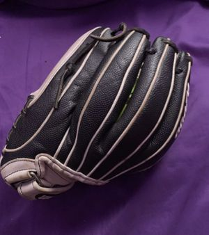 Wilson A2000 softball glove size 12 for Sale in Los Angeles, CA