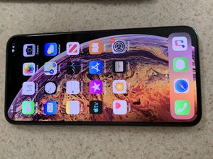 Unlocked IPhone XS MAX for Sale in Colorado Springs, CO