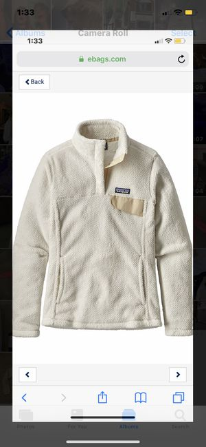 White Patagonia Pullover for Sale in Mansfield, TX