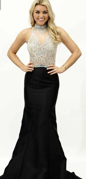 Gigi Long Beaded Mermaid Dress- evening dress-excellent condition-sold out everywhere for Sale in Vienna, VA