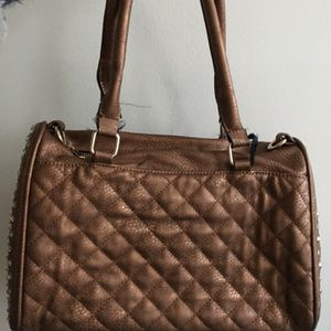 Beautiful Great Condition Bag for Sale in West Hartford, CT