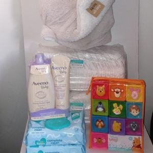 Nb Pampers baby Bundle for Sale in Philadelphia, PA