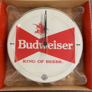 Budweiser beer bottle cap clock for Sale in Rocky River, OH