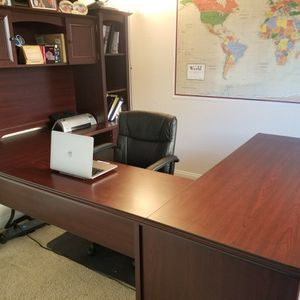 Office Desk for Sale in Beaumont, CA