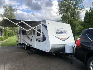 2013 Lance All- Season Travel Trailer for Sale in Woodinville, WA
