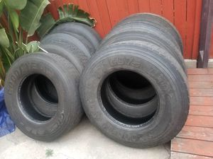 Semi truck tires Good year recap for Sale in Los Angeles, CA