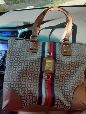 Tommy Hilfiger for Sale in Fort Worth, TX