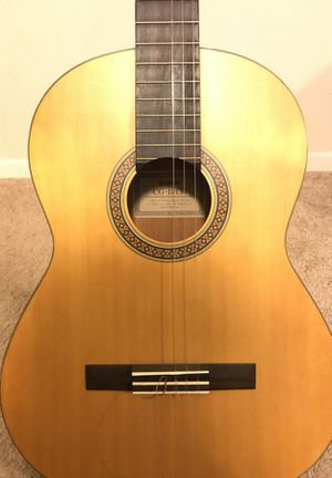Yamaha CG101 Classic Acoustic Guitar for Sale in Baltimore, MD